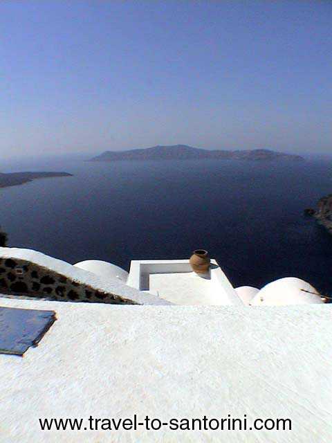 Thirassia view from Firostefani -