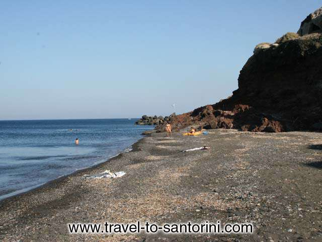 THE BEACH - The beach of Pori in Santorini