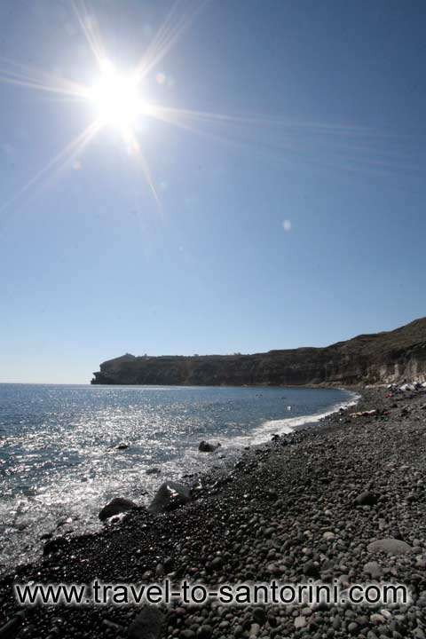 MESSA PIGADIA - The right part of the beach towards the lighthouse of Akrotiri by Ioannis Matrozos