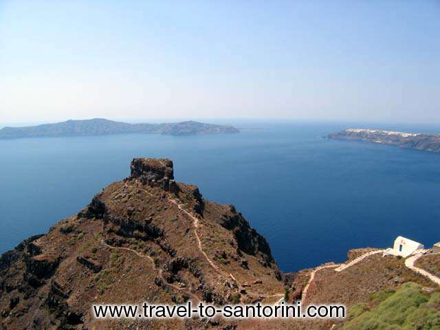 Skaros and Oia view - View of the Caldera, Skaros and Oia from Agios Georgios church in Imerovigli.