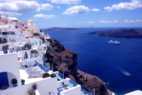 SCIROCCO CALDERA APARTMENTS HOTEL IN  Fira