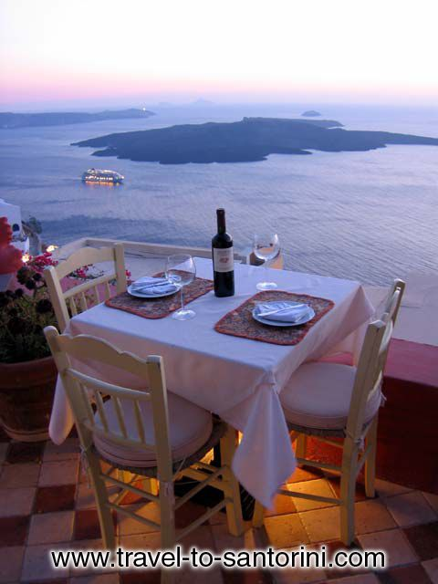 Enjoy a botle of wine with the view of the volcano CLICK TO ENLARGE