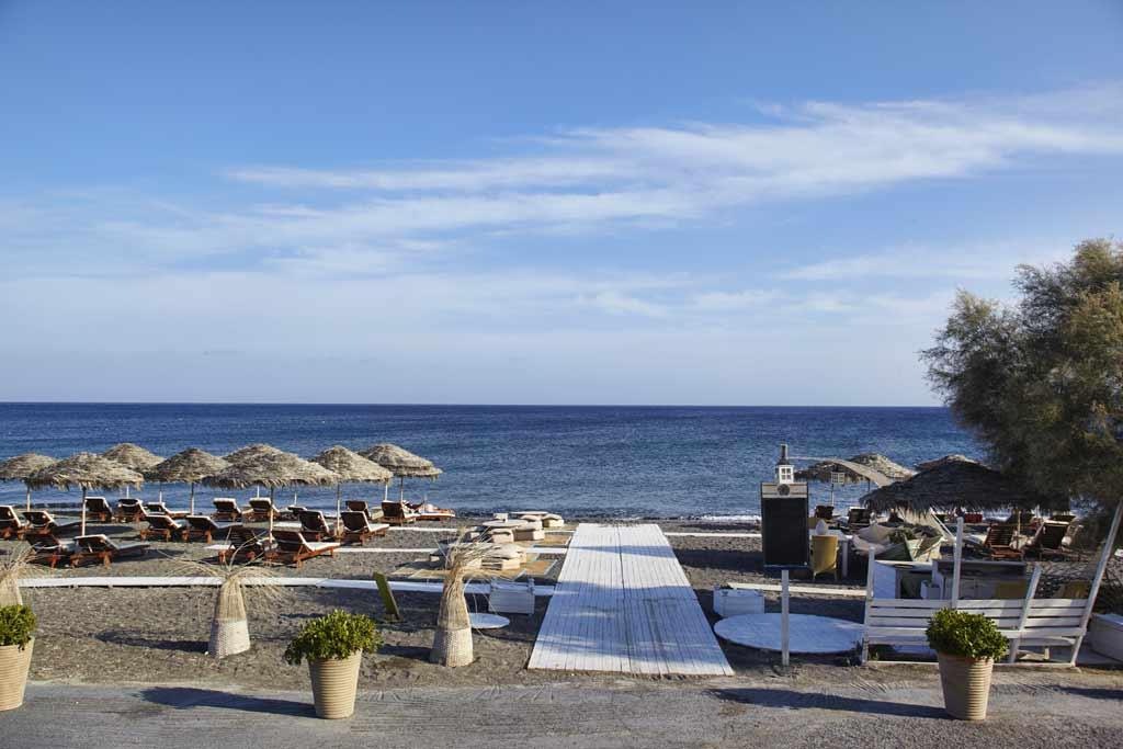seaside by notos restaurants in perivolos santorini greece