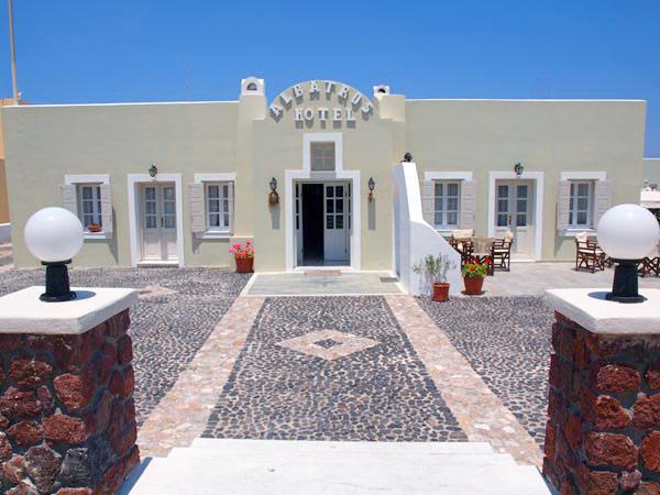 ALBATROS HOTEL IN  Karterados