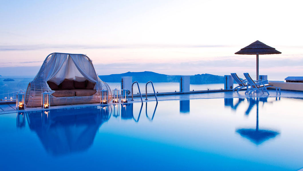 De luxe 5 stars hotels in santorini greece for Hotels santorin