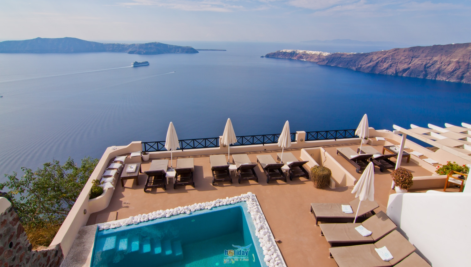 Afroessa hotel hotels in imerovigli santorini greece for Hotels santorin