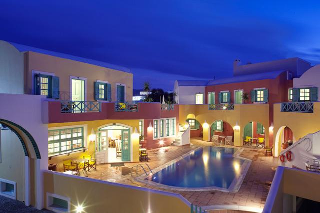 NIKOLAS HOTEL IN  Karterados