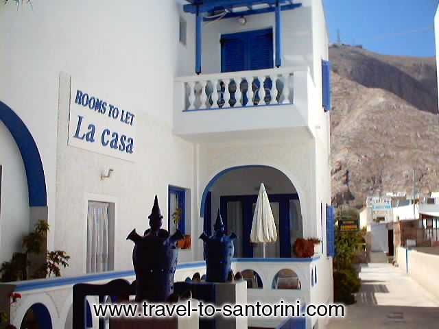 la casa hotels in perissa santorini greece