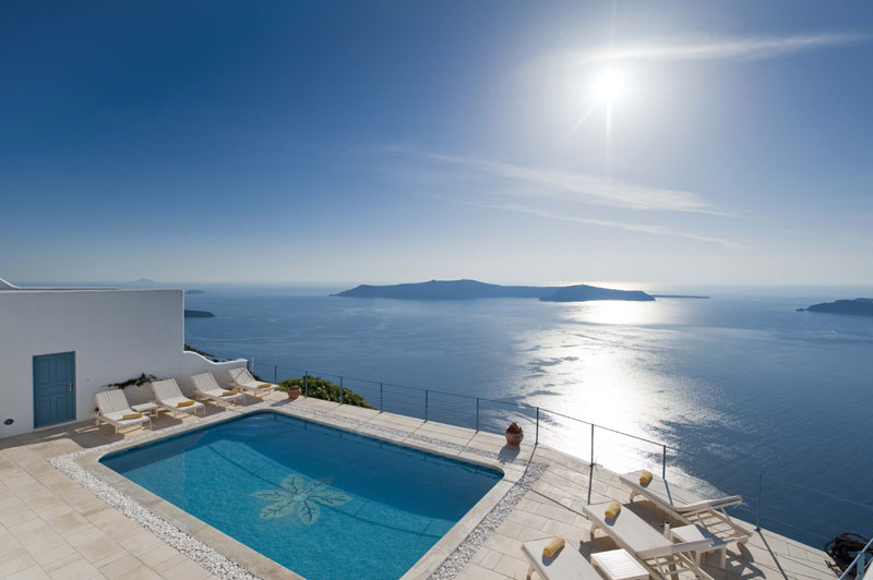 Hotels in imerovigli santorini greece for Absolute bliss salon
