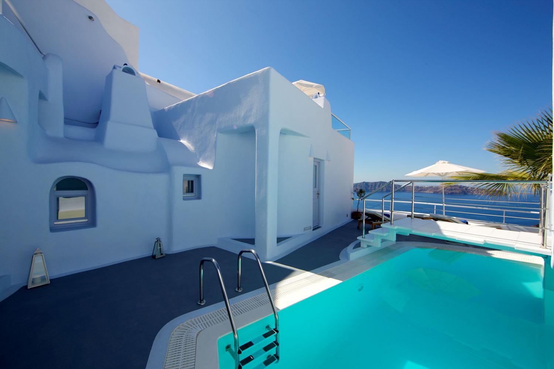 IKASTIKIES ELEGANT SUITES  HOTELS IN  Firostefani Santorini island Cyclades