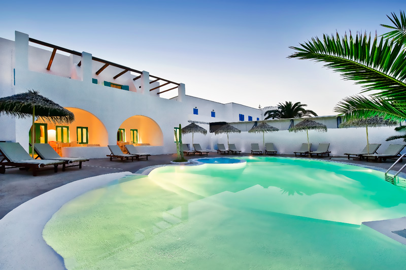 NISSIA APARTMENTS IN  Kamari Santorini Cyclades Islands