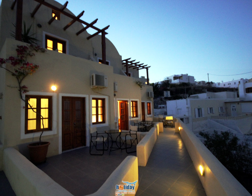 ERSI VILLAS IN  Firostefani Santorini Cyclades islands