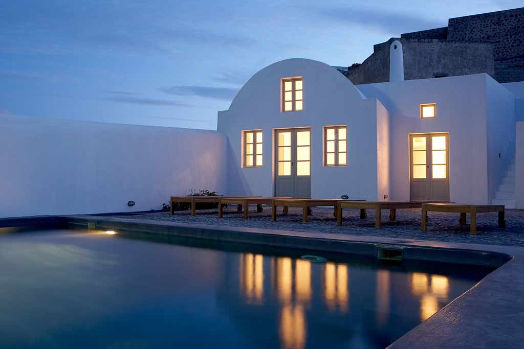 VILLA FABRICA IN  Pyrgos Kallistis, Santorini, Cyclades Islands